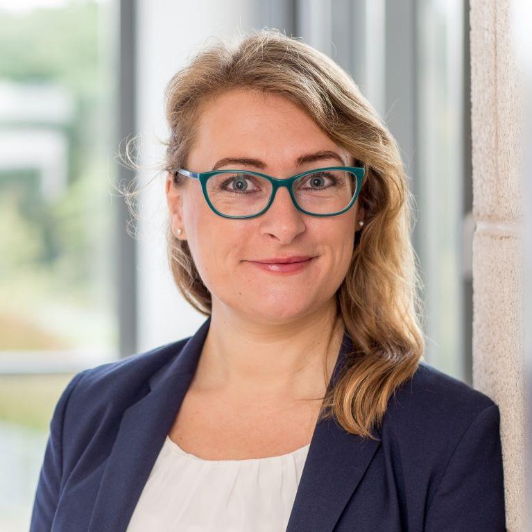 Alena Kotter, Content-Strategin und Marketing-Expertin für die Kompetenzstelle Energieeffizienz Südlicher Oberrhein.