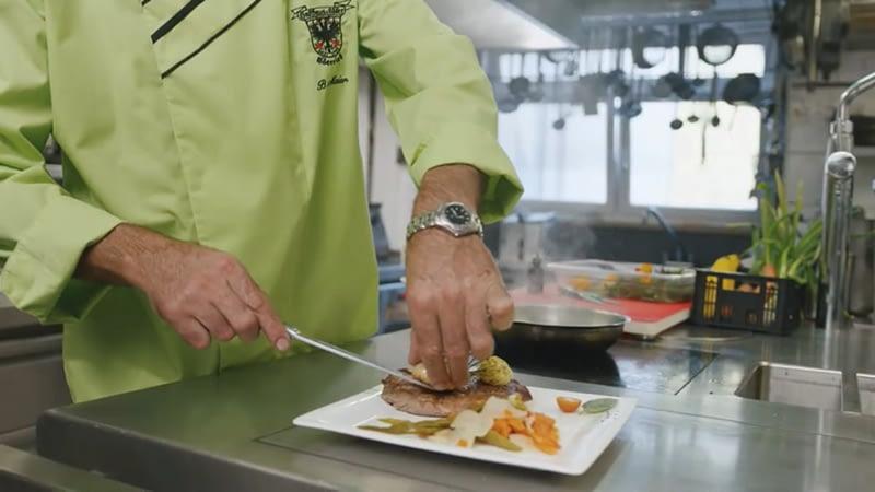 Küchenbetrieb im Landgasthof Adler